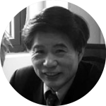 Black and white picture of Xuejie Yu