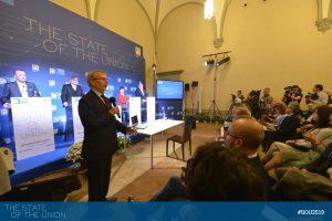 EUI President Renaud Dehousse welcoming Spitzenkandidaten